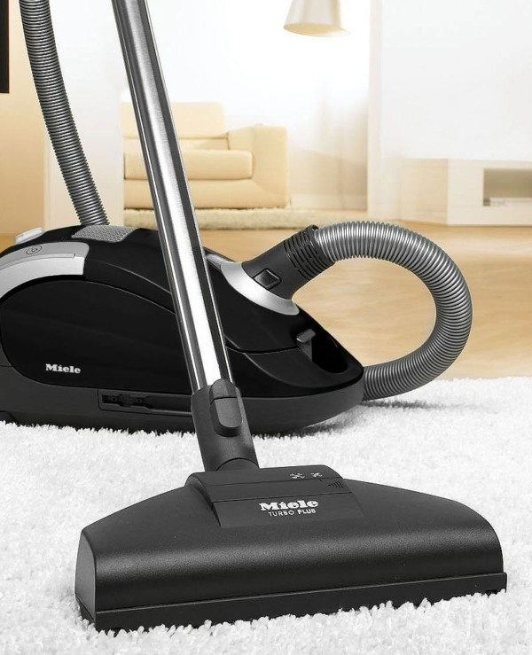 Miele Compact C1 Pure Suction PowerLine Vacuum Cleaner