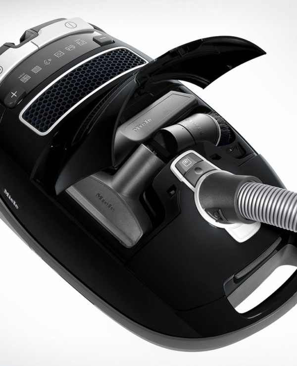Miele Complete C3 Kona PowerLine Vacuum Cleaner